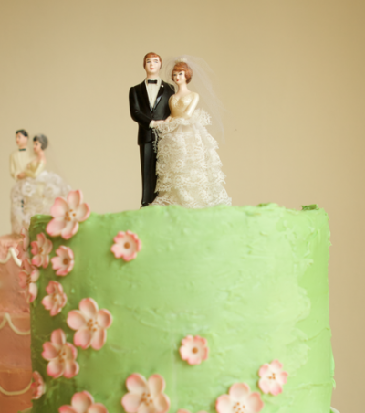 Oh Happy Day has left me inspired with these Vintage Wedding Cake Toppers