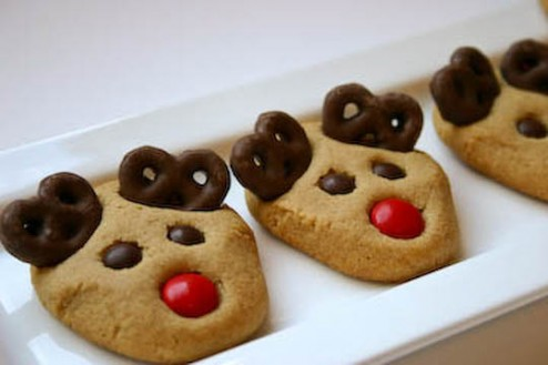 Christmas Peanut Butter Reindeer Cookies | Best Friends For Frosting