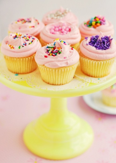 Vanilla Cupcakes | Best Friends For Frosting