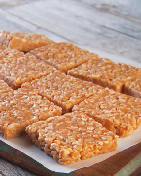 No-Bake Peanut Butter Rice Krispies Cookie