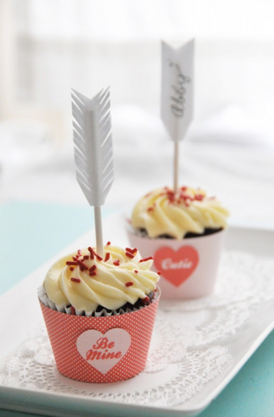 DIY Cupid's Arrow CupcakeToppers