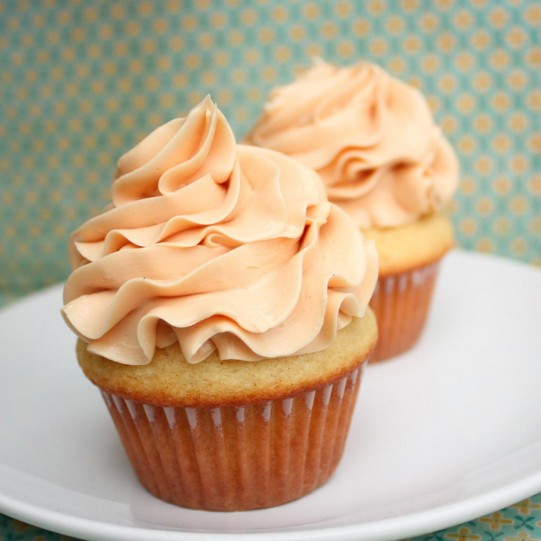 Vanilla Cupcakes with Salted Caramel frosting