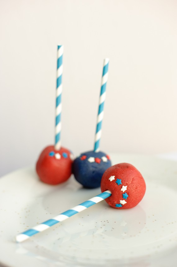 independence-day-cake-pops