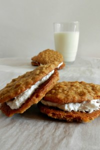 oatmeal-cream-pies