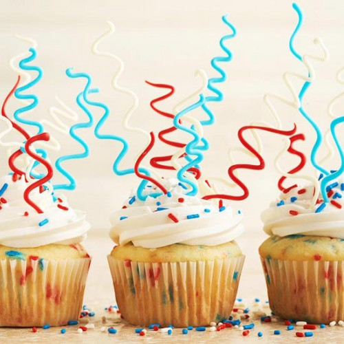 sparkler-fourth-of-july-cupcakes