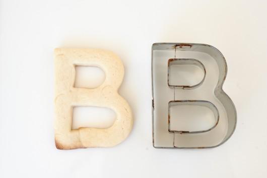 letter-sugar-cookies