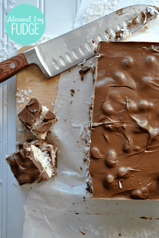 almond-joy-fudge