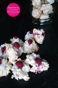 raspberry-coconut-macaroons