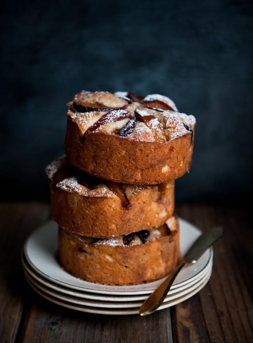 plum-rosemary-brandy-cake