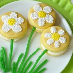 How to Make Sweet Springtime Daisy Macarons