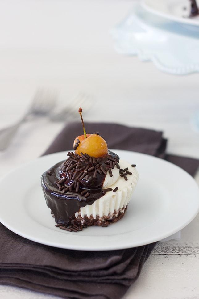 ice-cream-sundae-cupcakes