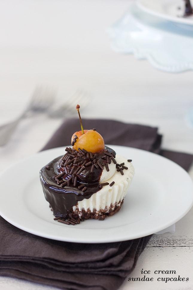 ice-cream-sundae-cupcake