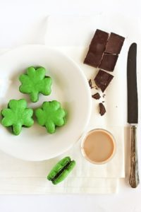 Baking-St.-Patricks-Day-Recipe-Dessert-Holiday-4-Leaf-Clovers-Shamrock-Macarons-with-Baileys-Chocolate-Ganache