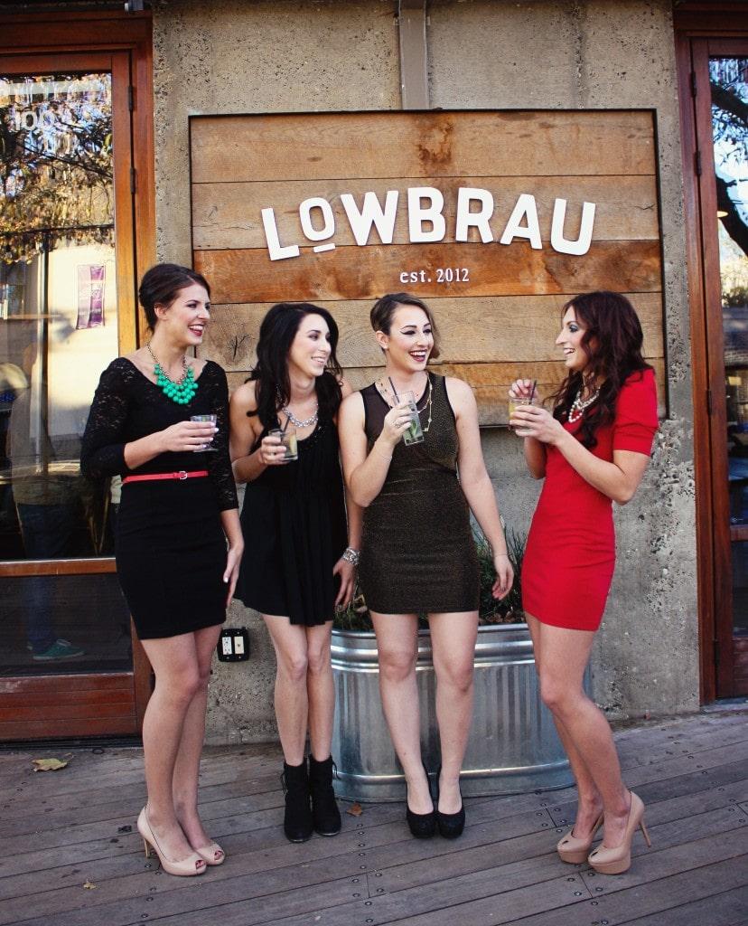 ladies-outside-lowbrau
