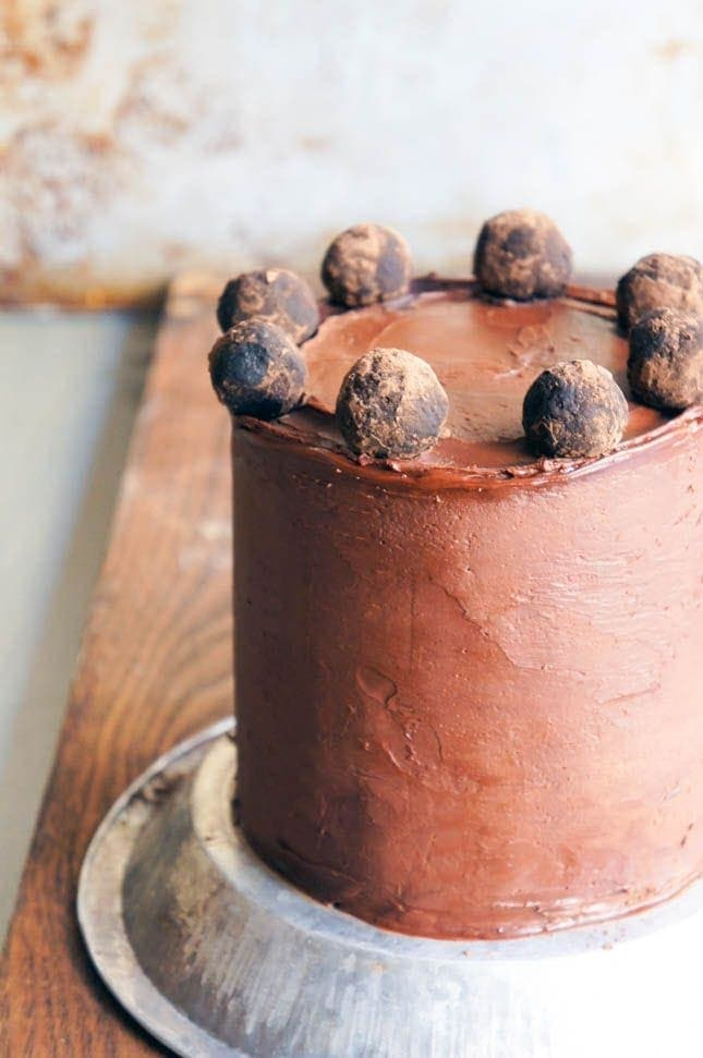 chocolate-marzipan-cake
