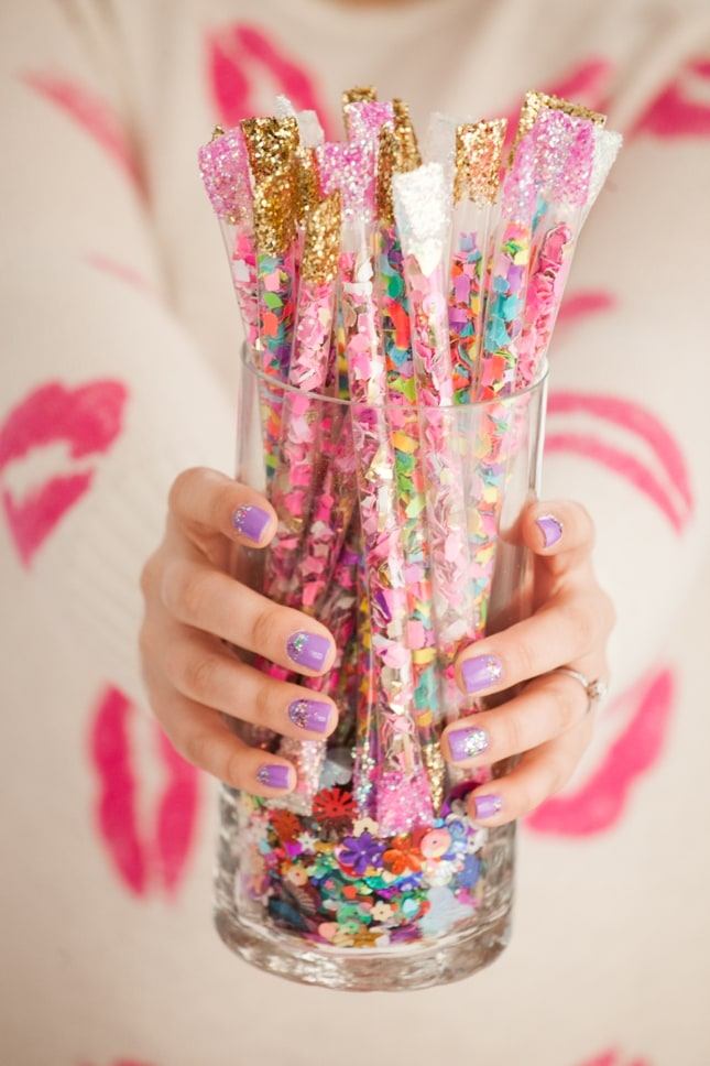How to make diy confetti sticks best friends for frosting for What can you make with balloons