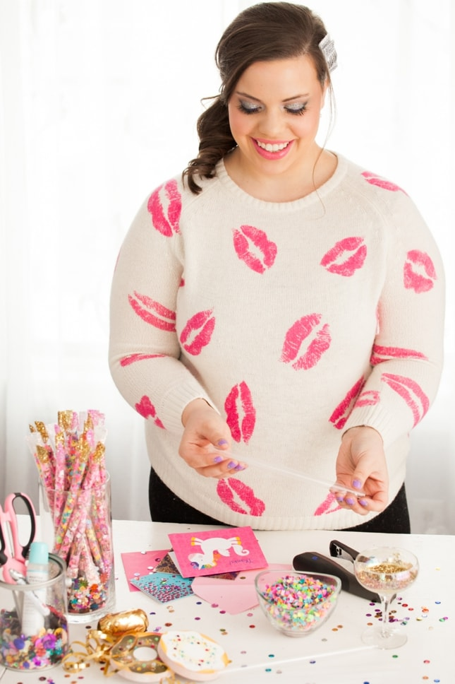 lipstick-sweatshirt