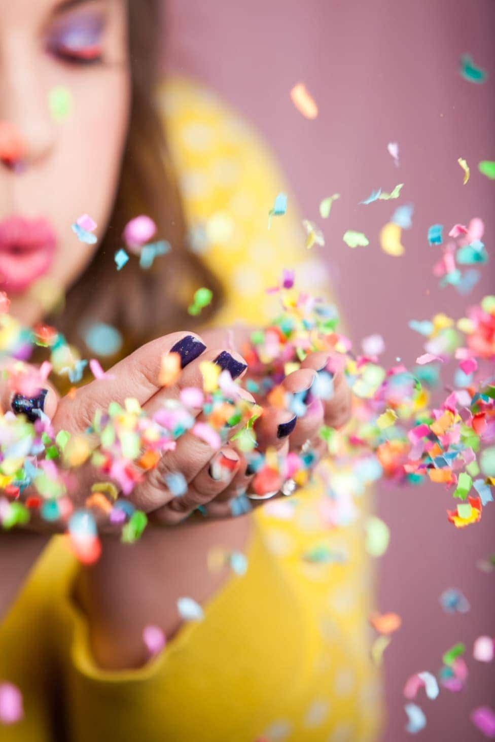HOW TO TAKE THE PERFECT CONFETTI PHOTO
