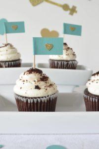 valentines-cupcake-flag