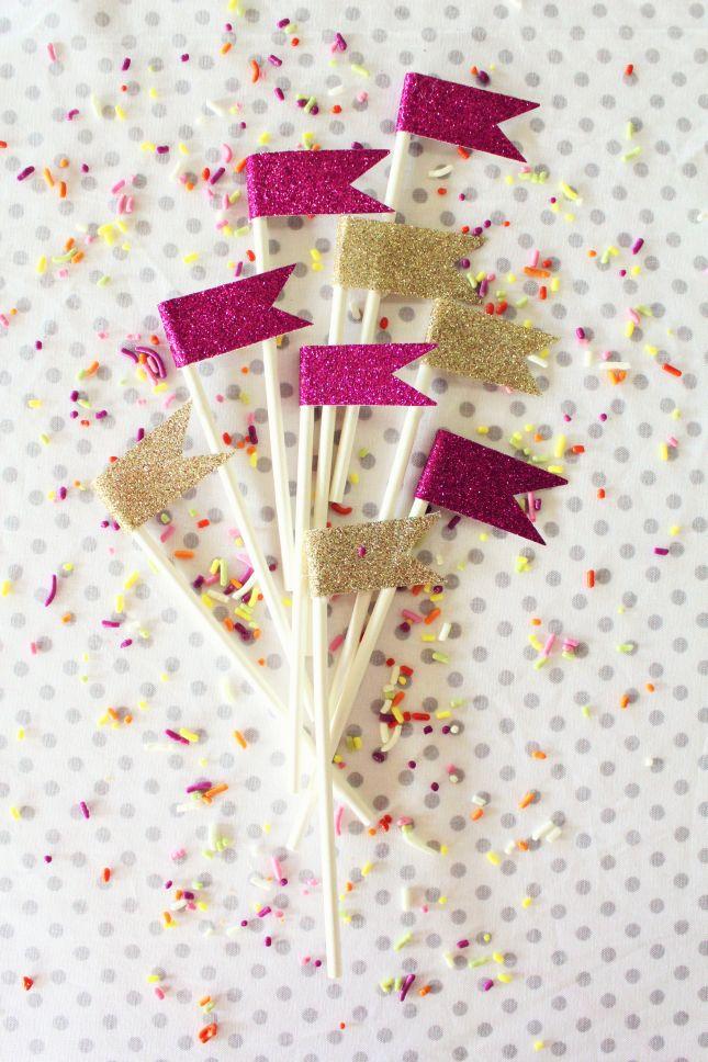 cinnamon-roll-cake-flags