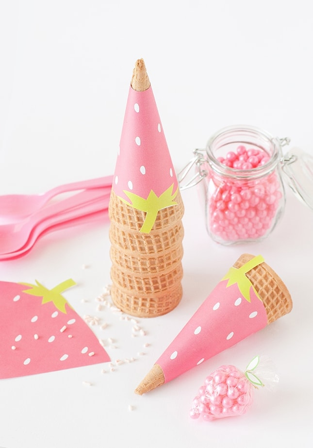 strawberry-cone-wrappers