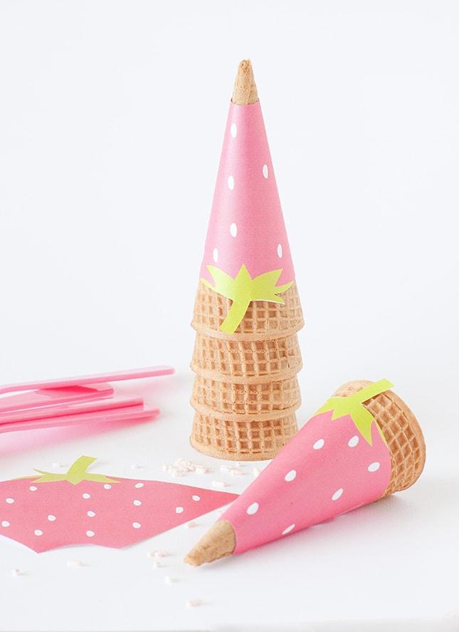 strawberry-ice-cream-cone-wrapper