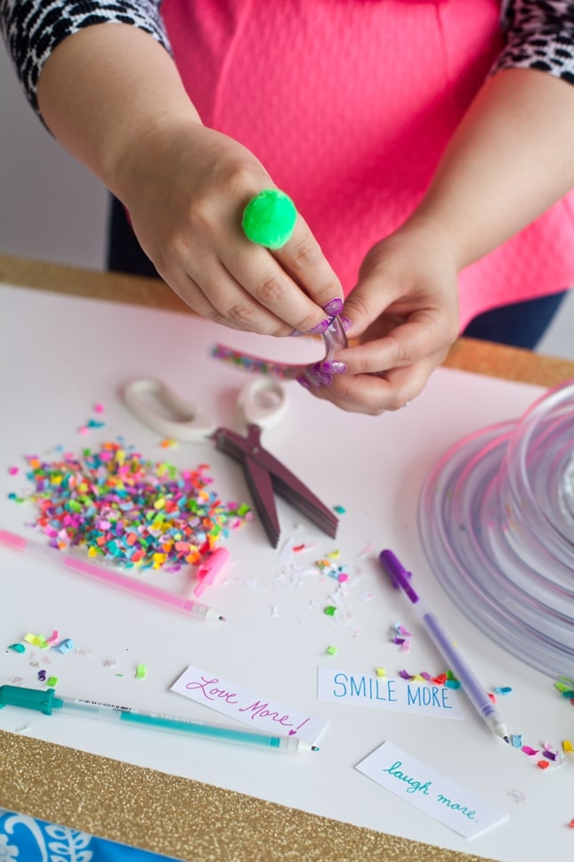 The Confetti Bar_BFFF_DIY Confetti Bracelets_0010
