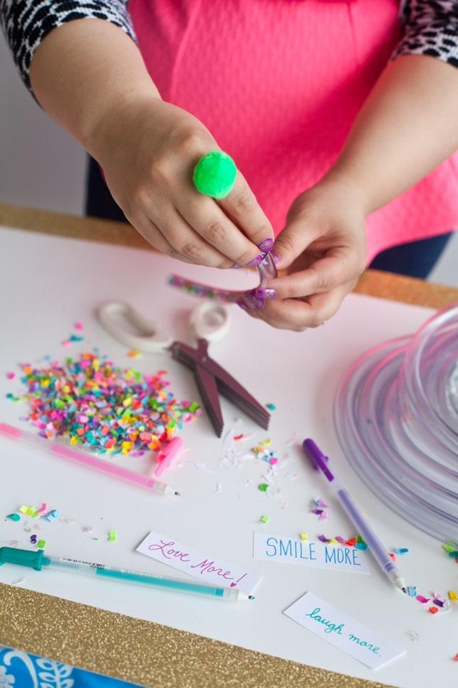 The Confetti Bar_BFFF_DIY Confetti Bracelets_0010