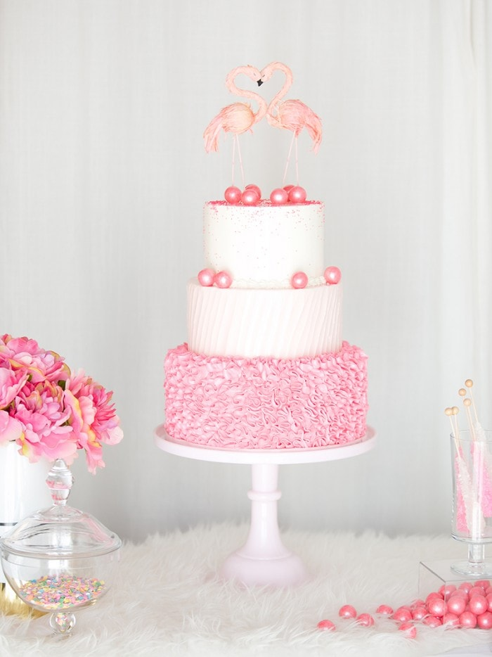 flamingo-wedding-cake