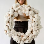 DIY COTTON WREATH FOR THE HOLIDAYS TUTORIAL