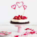 DIY CONFETTI HEART CAKE TOPPERS TUTORIAL