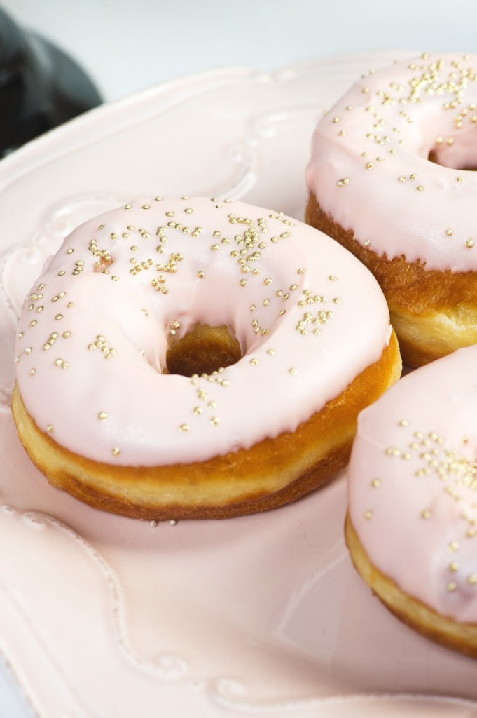 pink-gold-donut