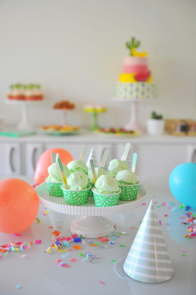 COLORFUL-ICE-CREAM-CUPS