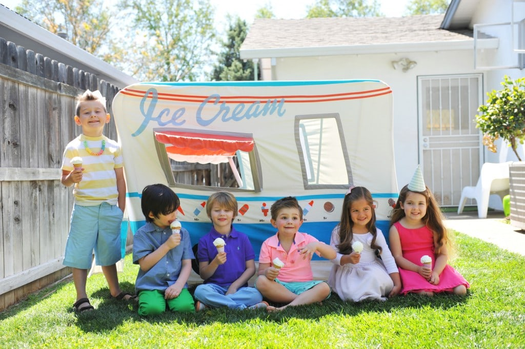 FUN-KIDS-ICE-CREAM-TRUCK