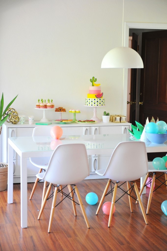 MINIMALIST-COLORFUL-KIDS-BIRTHDAY-BASH