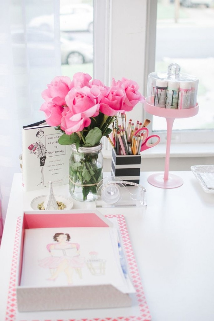 pink-office-flowers