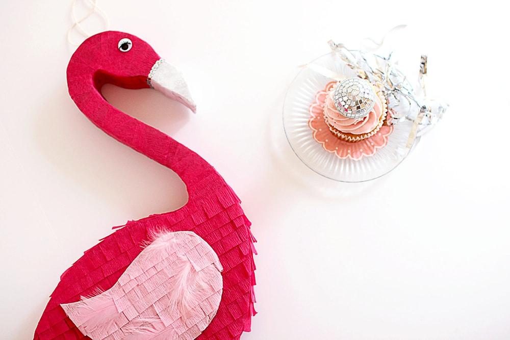 flamingo-pinata