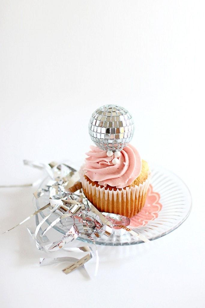 pink-silver-cupcake