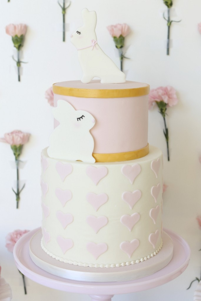 BUNNY-RABBIT-PARTY-CAKE