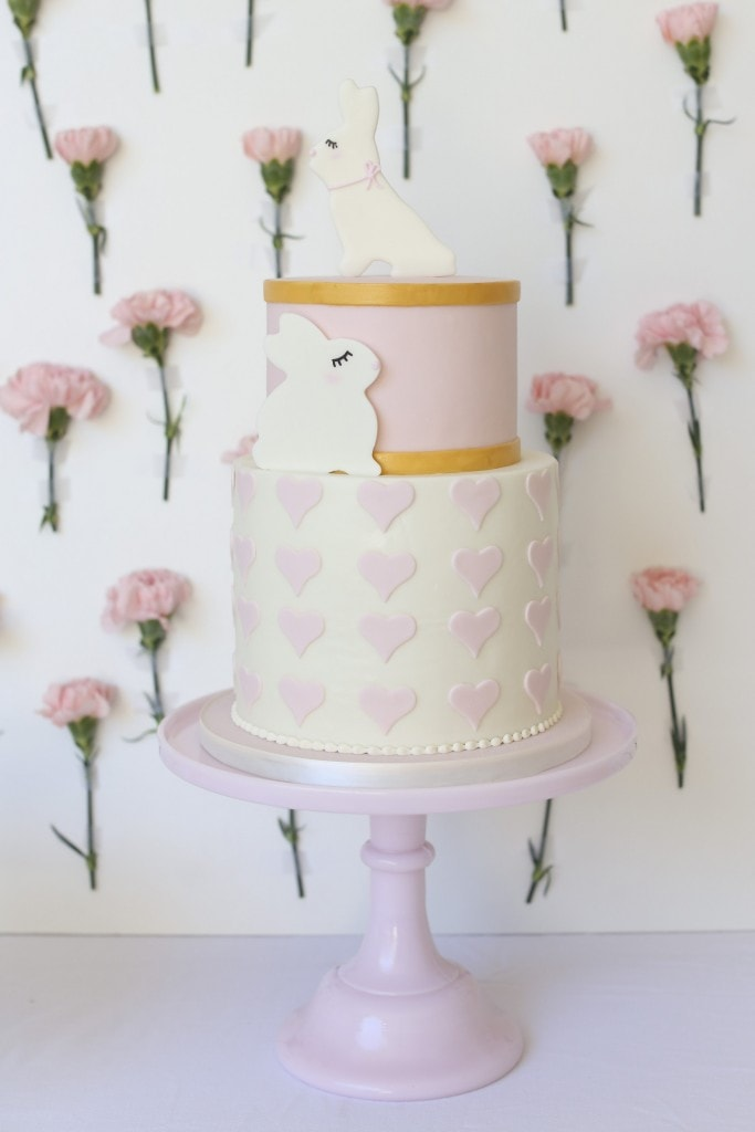 PRETTY-BABY-SHOWER-CAKE