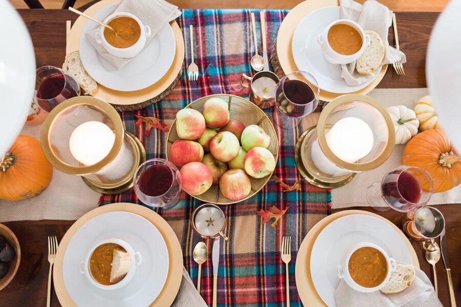 fall-dinner-setup