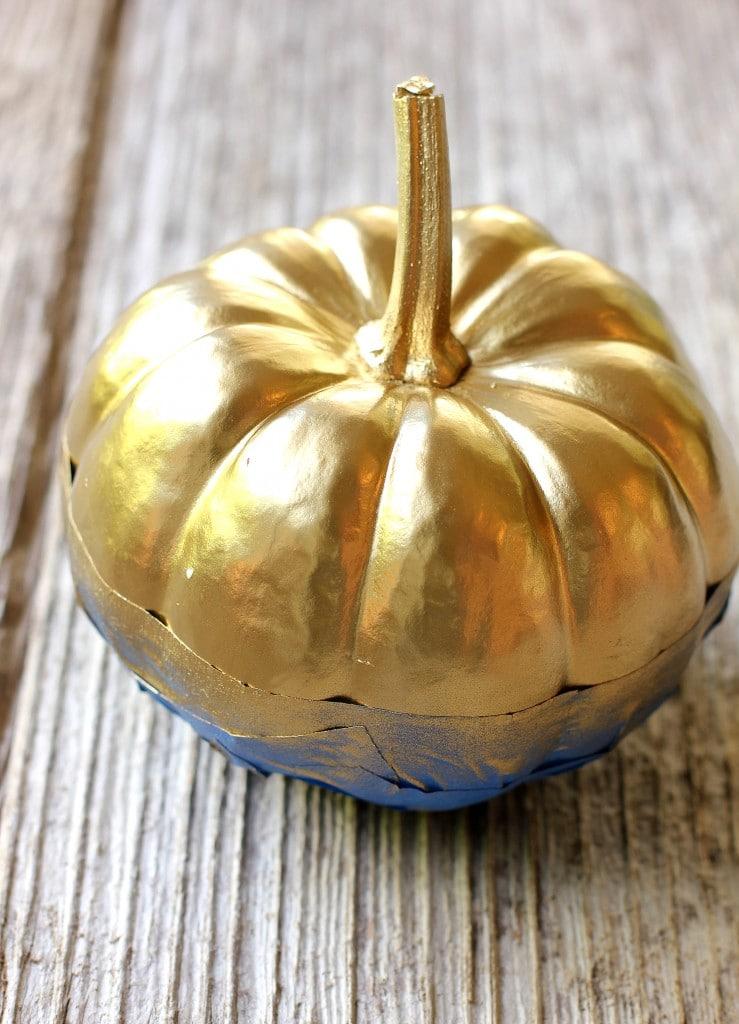 gold pumpkin diy 4