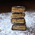 CHOCOLATE PEANUT BUTTER CRACKER SANDWICHES RECIPE