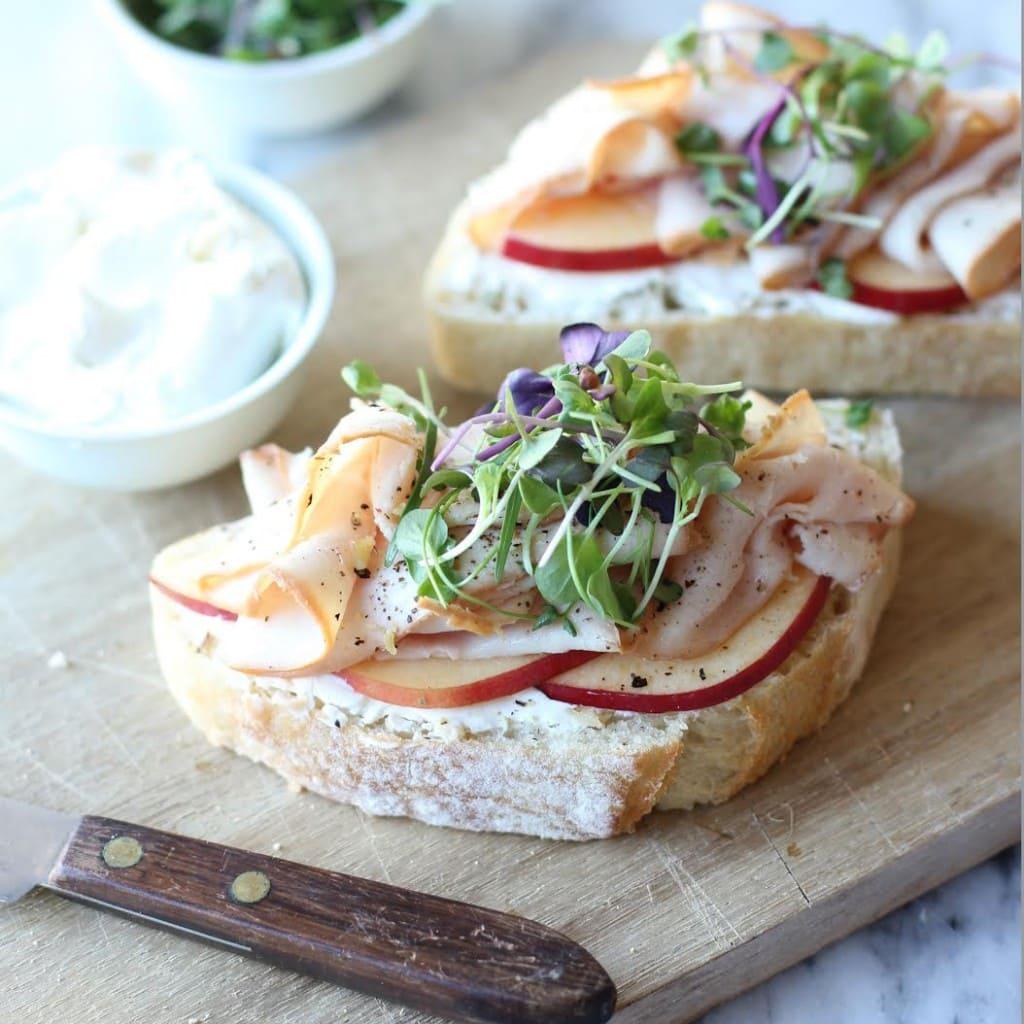 turkey-apple-sandwich