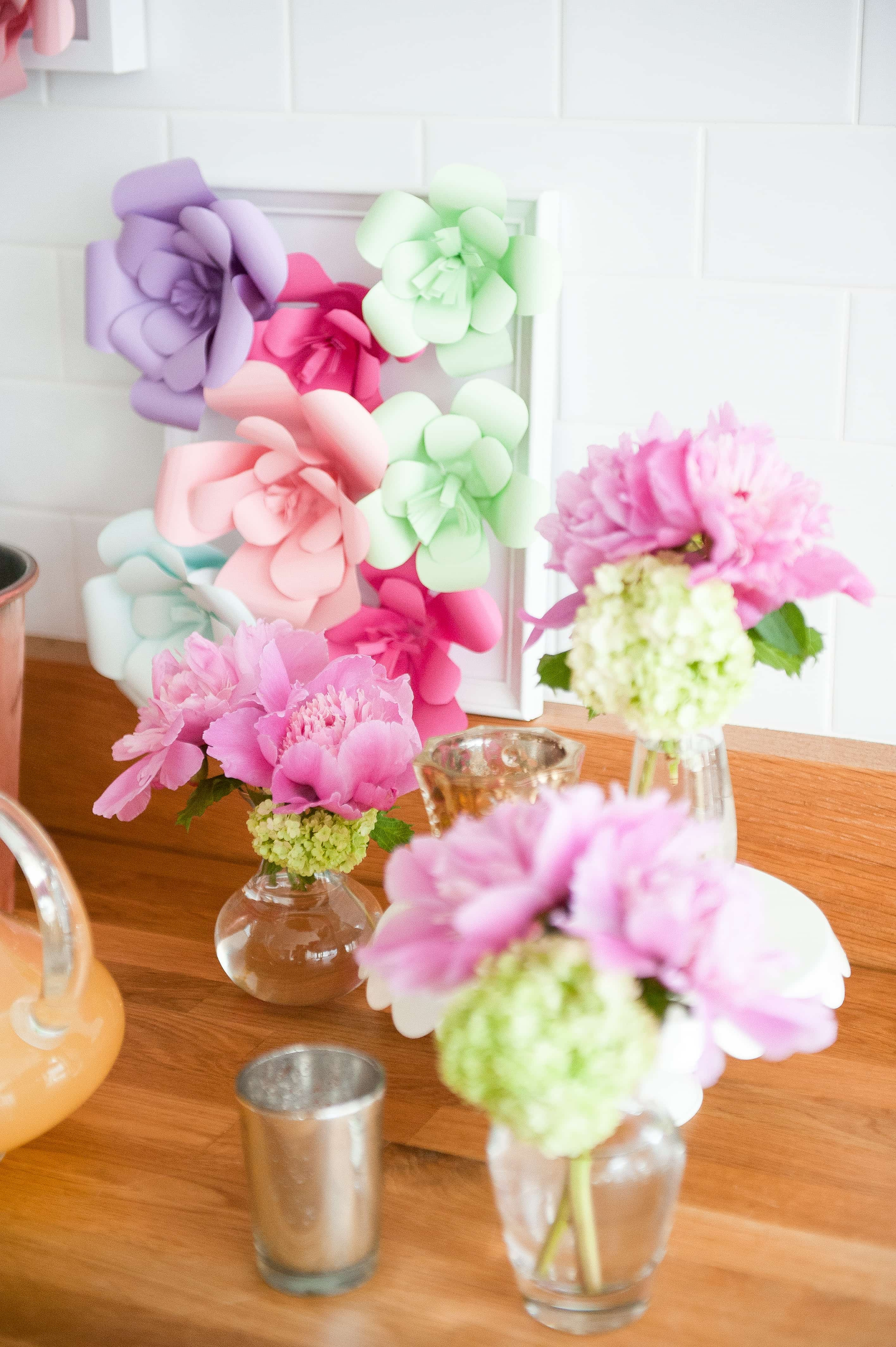 Diy paper flower backdrop best friends for frosting cardstock paper in variety of colors mightylinksfo