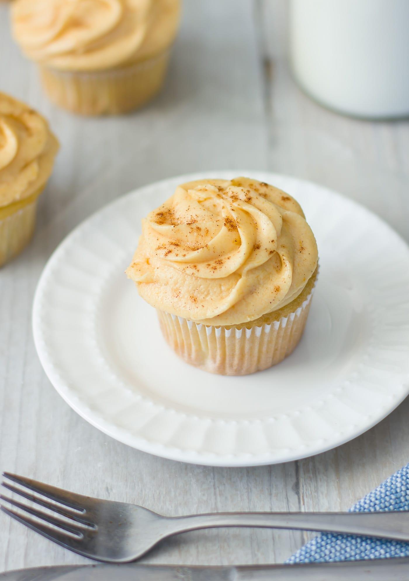 pumpkin-pie-cupcakes-recipe