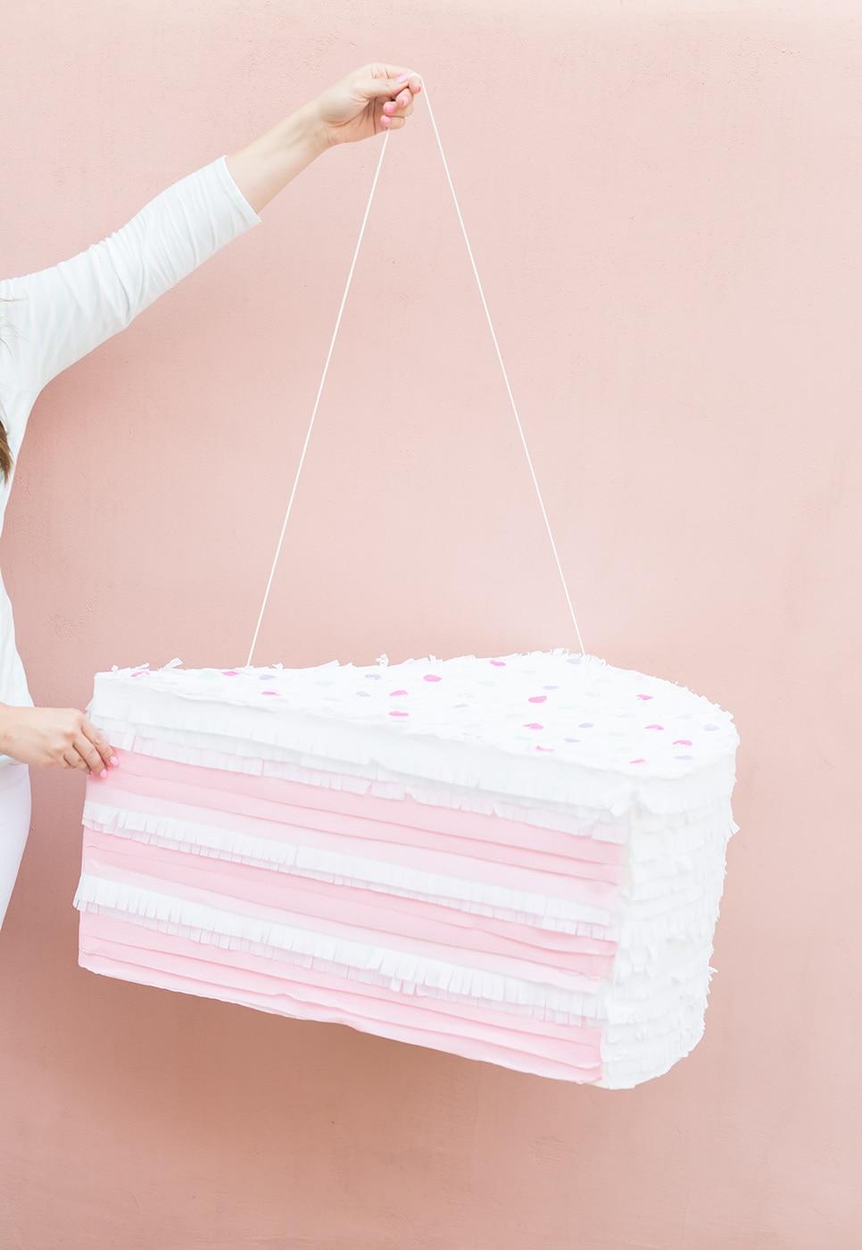 sprinkle-cake-pinata