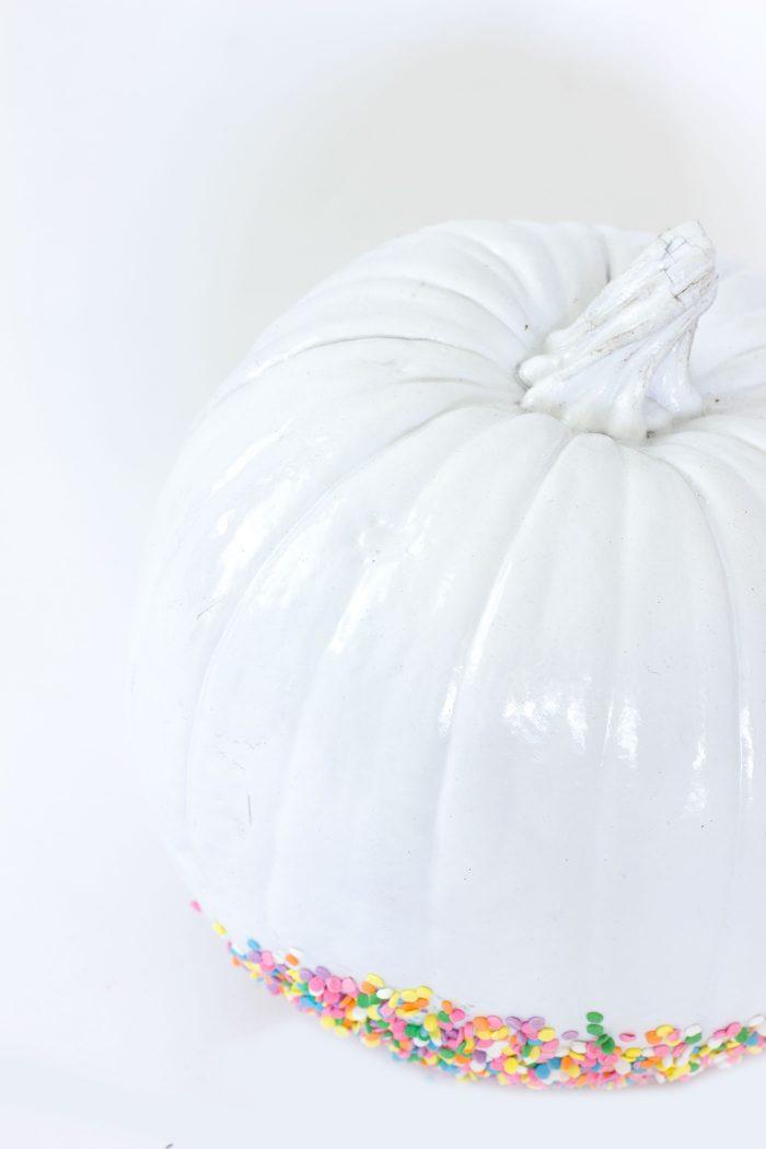 diy-sprinkled-pumpkin