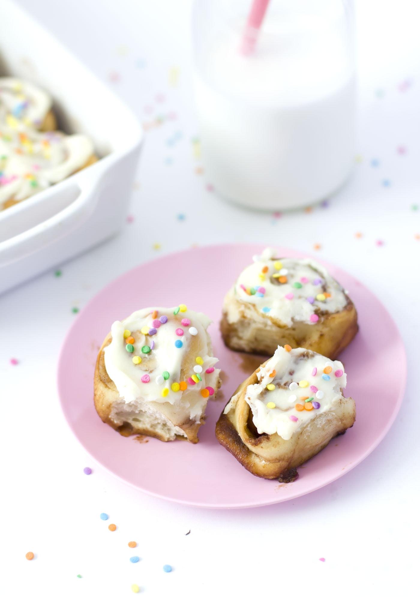 confetti-mini-cinnamon-rolls-recipe