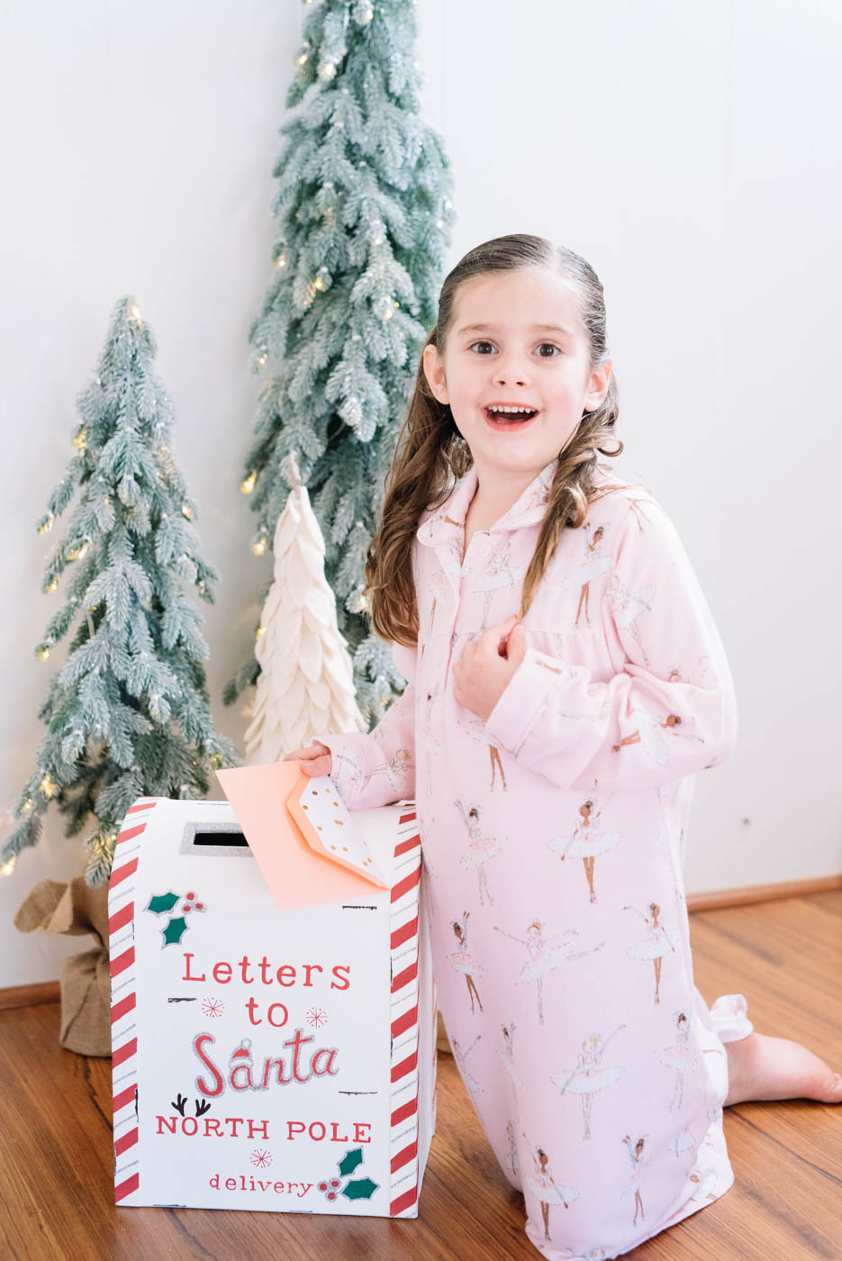 letters-to-santa-box